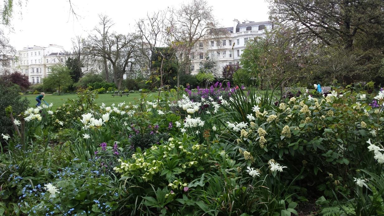 Ladbroke Sq Gardens