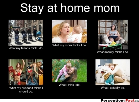 frabz-Stay-at-home-mom-What-my-friends-think-I-do-What-my-mom-thinks-I-d04598