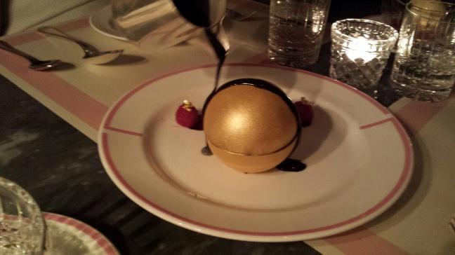 chocolate globe 1NHYM