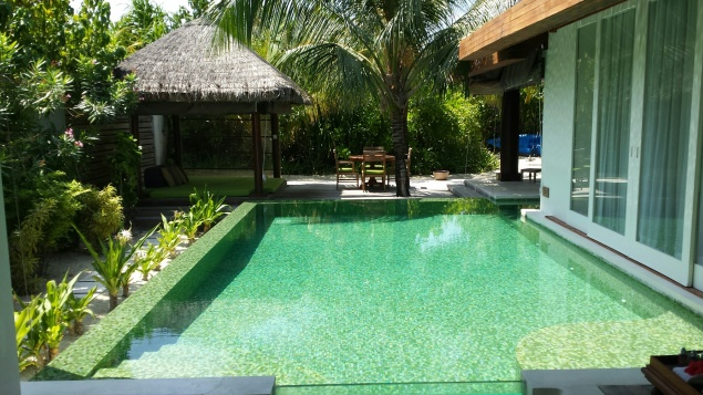 MaldivesPrivatePoolNHYM14
