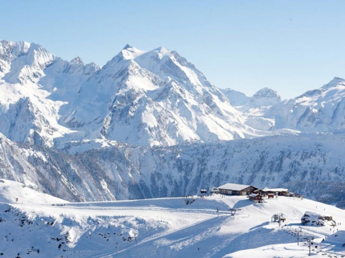 l_apogee_courchevel_01-780x585