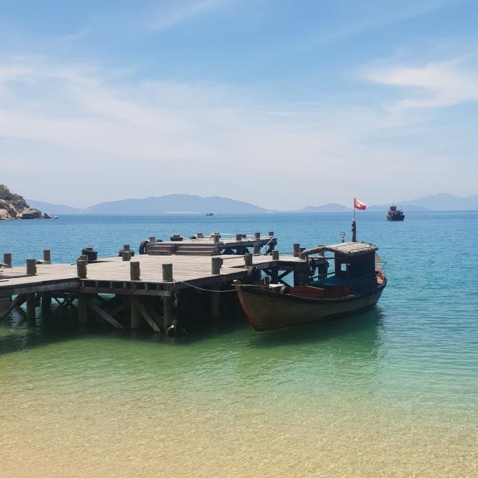 LocalBoatVietnam